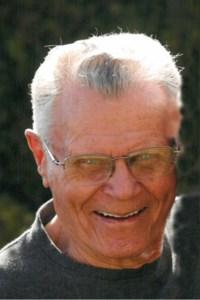 Walter  Kinakin