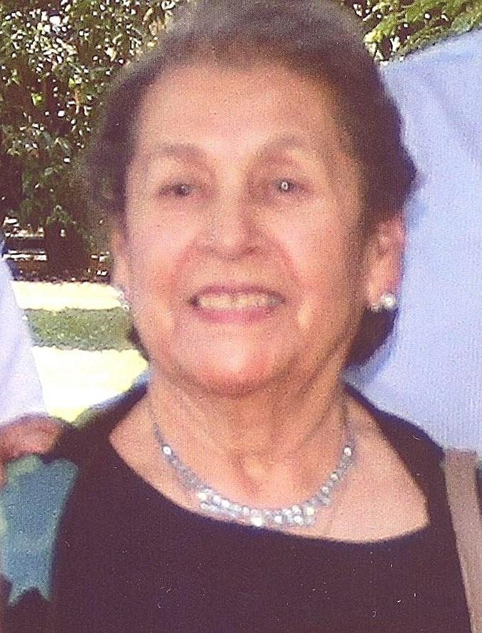 Josefina Serrano  Bolaños