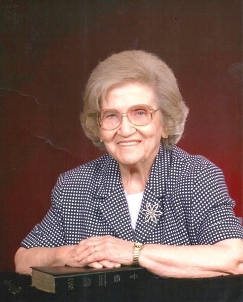 Julia Jeanette  Smith