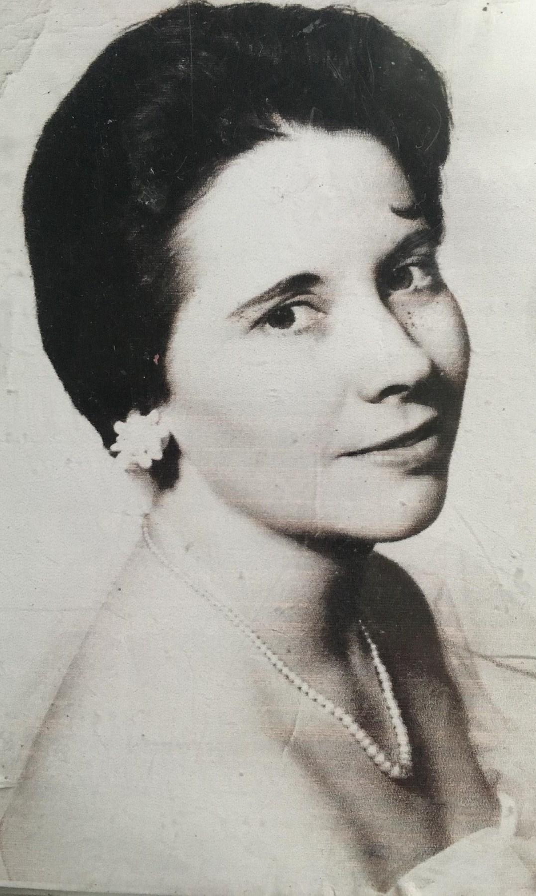 Anne Marie  Henderson