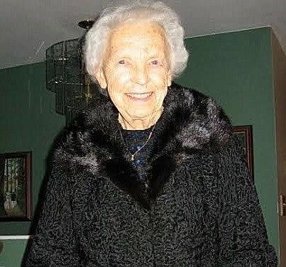 Iris Zena Kathleen  Waddell