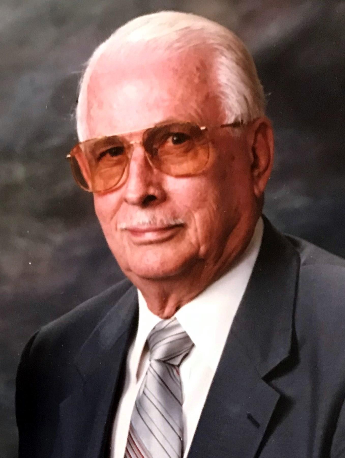 Henry Leon  Simmons