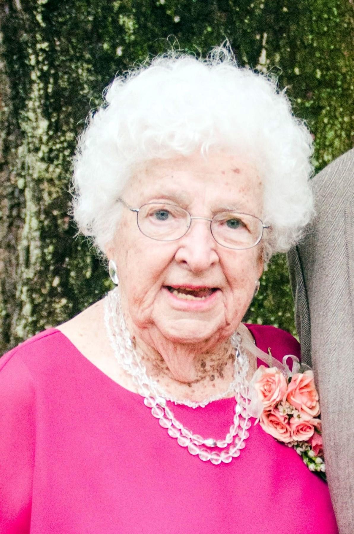 Hildegard  Demmert