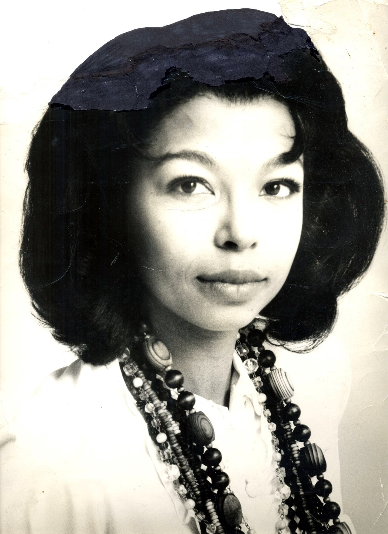 Yvonne Louise  Mortimer-Lawrence
