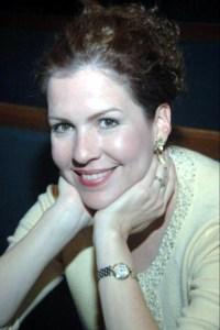 Lucilla  Henderson