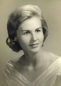 Elfriede  Lynch