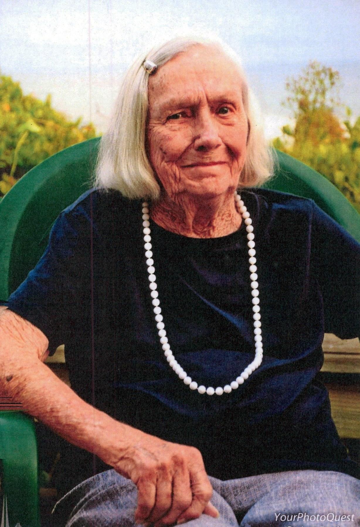 Mary Lois  Harrison