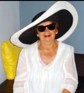 Dora L.  Iparraguirre