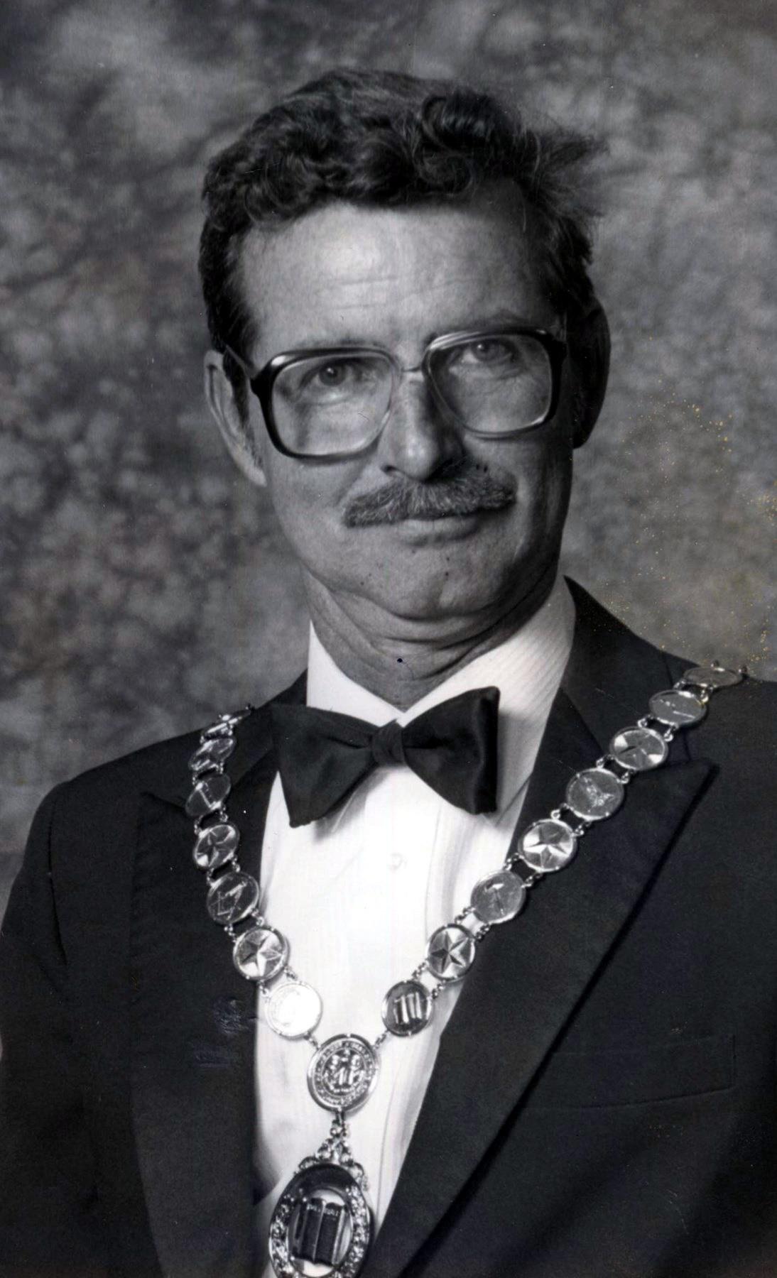Robert Webb  Fuhrmann