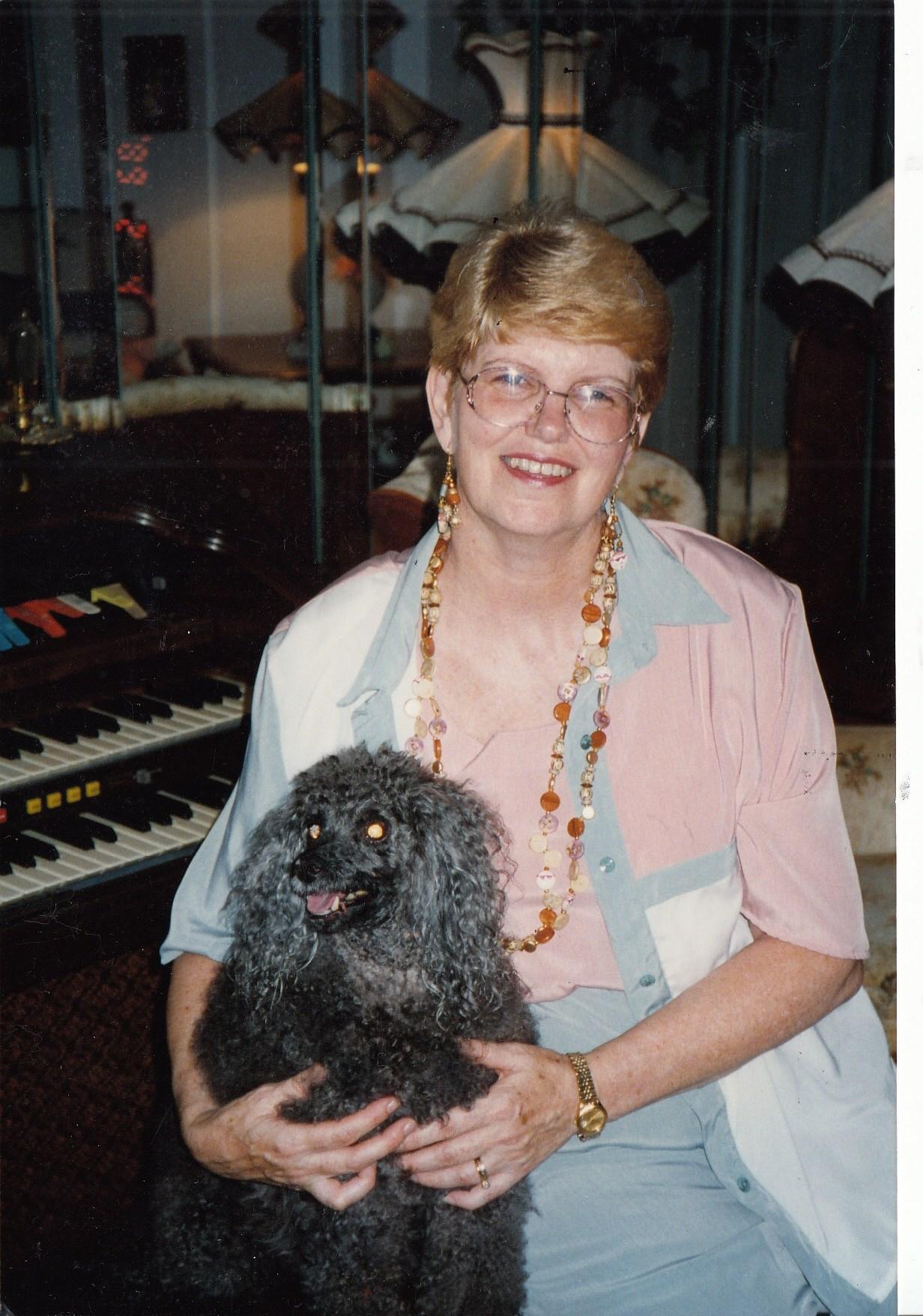 Carole Eileen  Miller