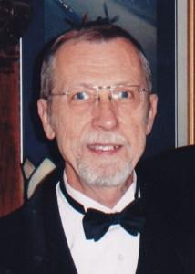 Robert E  Griefnow