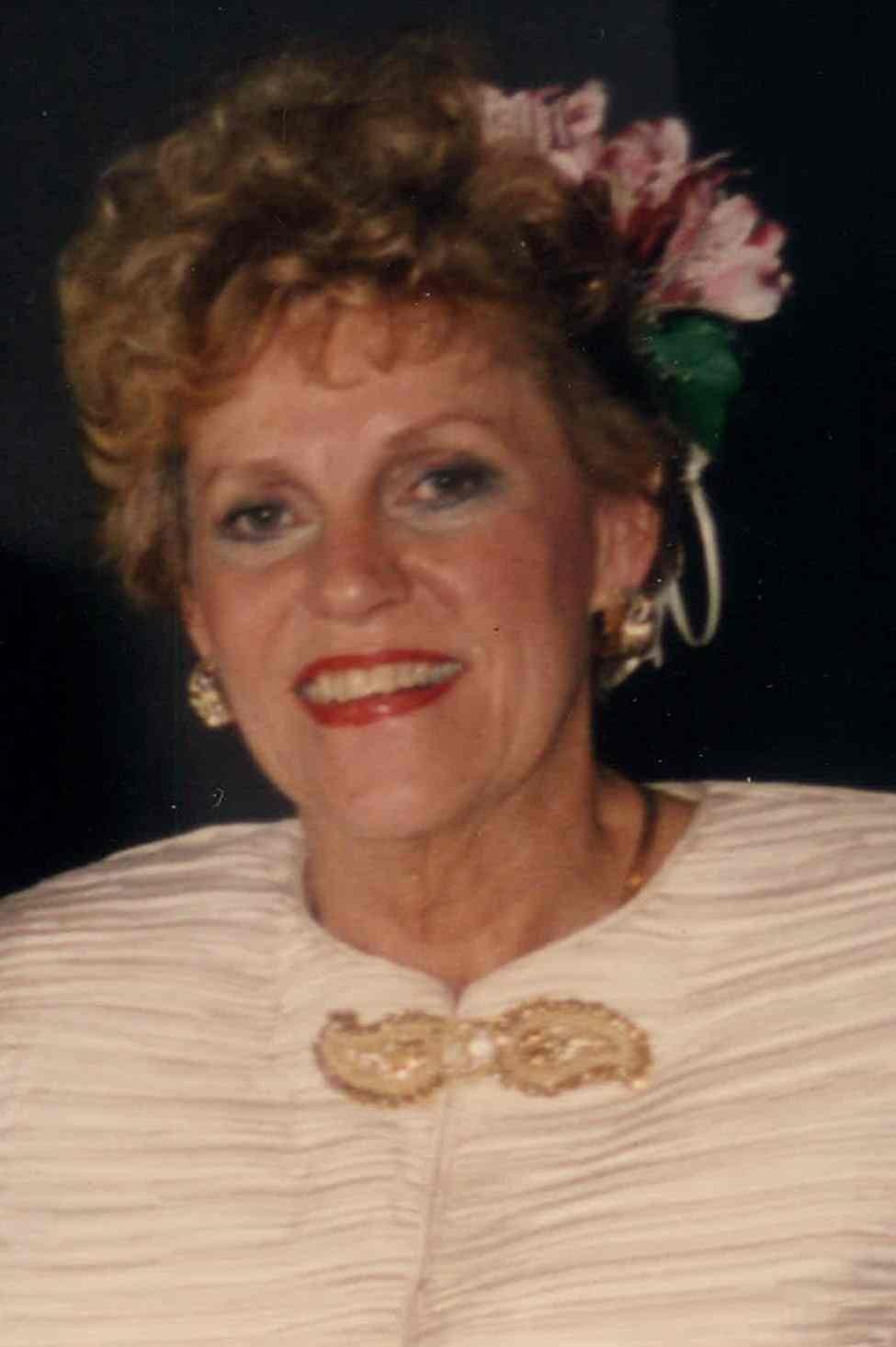 Murder of Jasmine Fiore Hot pic Erica Gimpel,Linda Henry